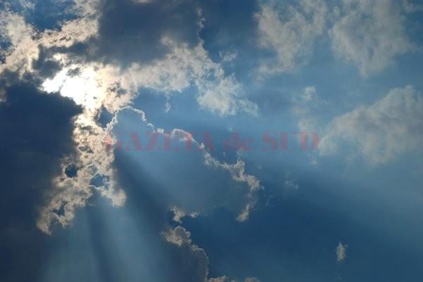 soare-printre-nori