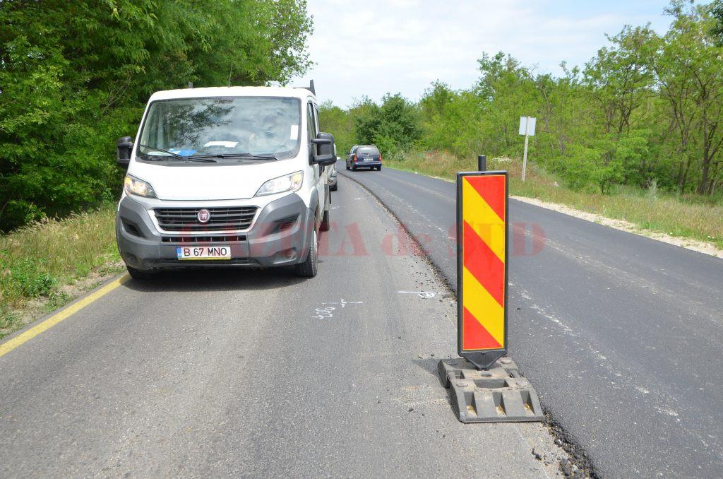 Zonă de pe DN 55 Craiova - Bechet, unde s-a turnat deja ultimul strat de asfalt, cel de uzură (Foto: Claudiu Tudor)