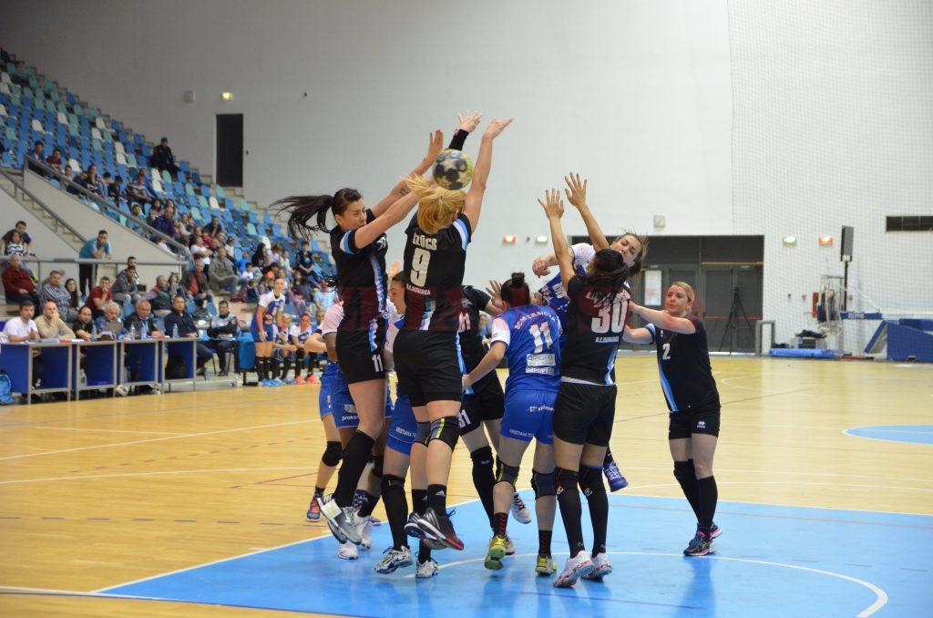 Cristina Zamfir și colegele sale au învins fără emoții vicecampioana Dunărea Brăila (foto: Claudiu Tudor)