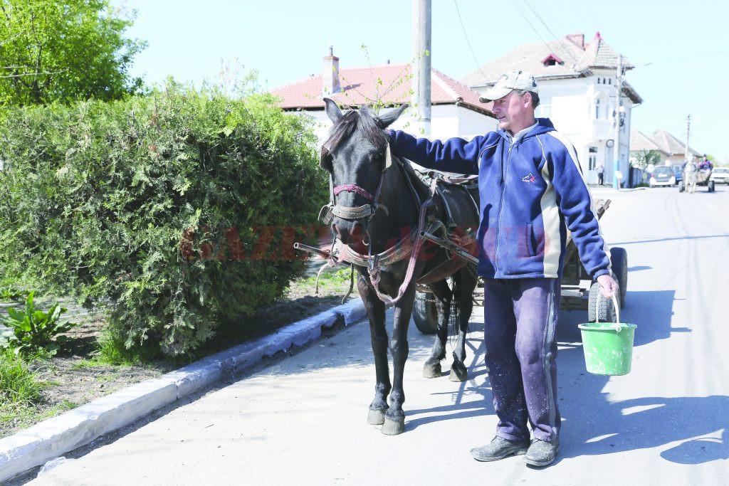 Peste 200 de beneficiari de ajutor social în Pleniţa (Foto: Lucian Anghel)