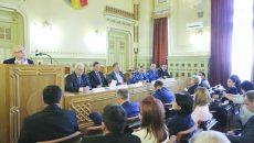 La ultima întrunire a Colegiului Prefectural Dolj s-a adus în discuție și situația persoanelor din județ beneficiare de venit minim garantat (Foto: Lucian Anghel)