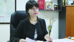 Monica Sună, inspector şcolar general la ISJ Dolj ()