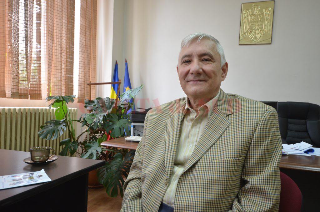 Marcel Florescu predă matematică de 42 de ani (Foto: Bogdan Grosu)