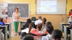 Iuliana Petrișor, medic specialist diabet și boli de nutriție, le-a oferit sfaturi copiilor (Foto: Claudiu Tudor)