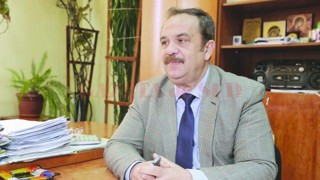 Mihai Calafeteanu - primarul comunei Pleniţa (Foto: Lucian Anghel)
