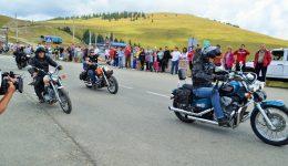 Mii de turişti au participat anul trecut la Transalpina Fest