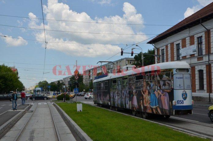 Termenul de primire a ofertelor pentru cele 17 tramvaie noi destinate transportului public din Craiova a fost prelungit până la data de 25 februarie