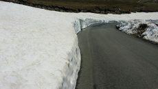 Ploile au ajutat topirea zăpezii pe Transalpina