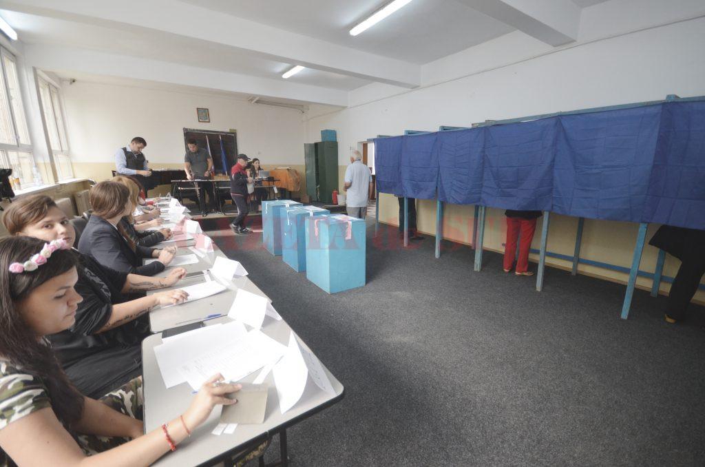 Doar 1 din 14 craioveni au ales primarul Craiovei (Foto: Arhiva GdS)