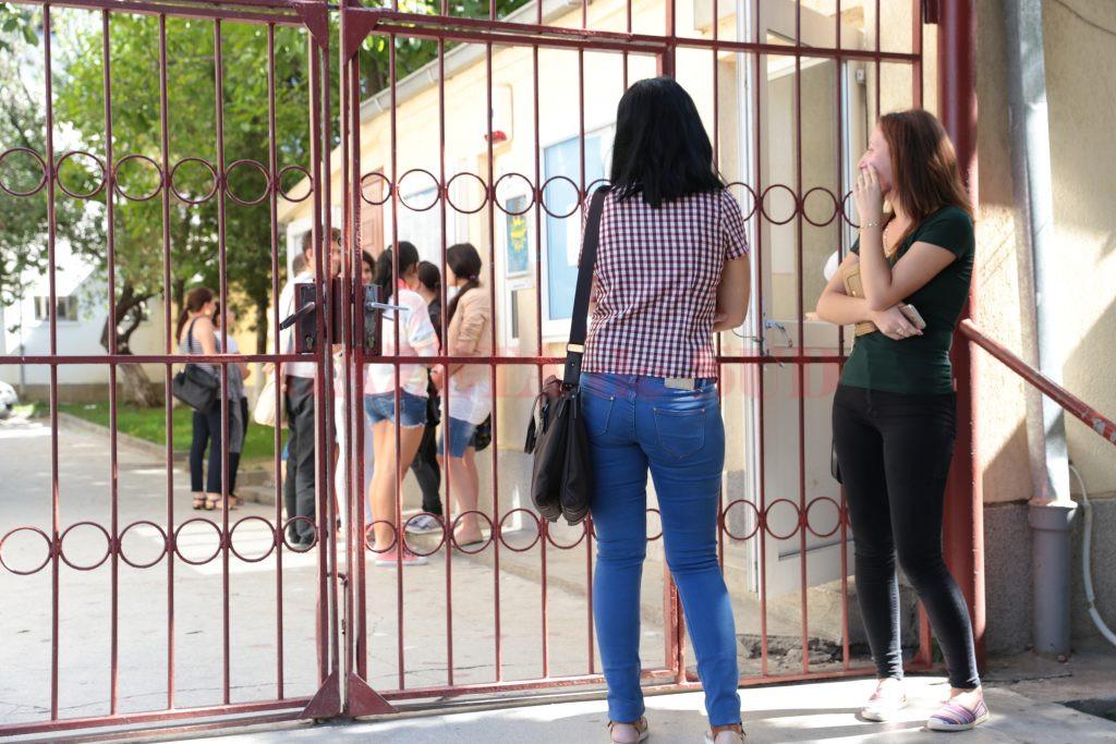 În Dolj, pentru prima sesiune a examenului de bacalaureat s-au înscris puțin peste 3.200 de candidați, absolvenți ai promoției curente, dar și din promoțiile anterioare (Foto: Arhiva GdS)