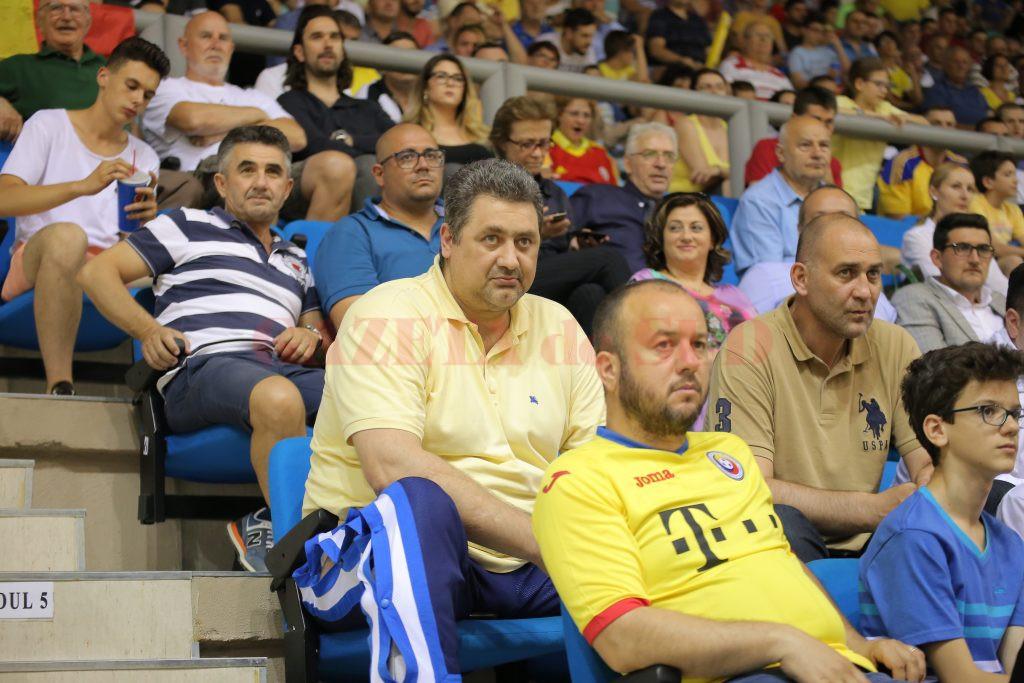 Președintele FRH, Alexandru Dedu, a fost prezent la meciul din Bănie