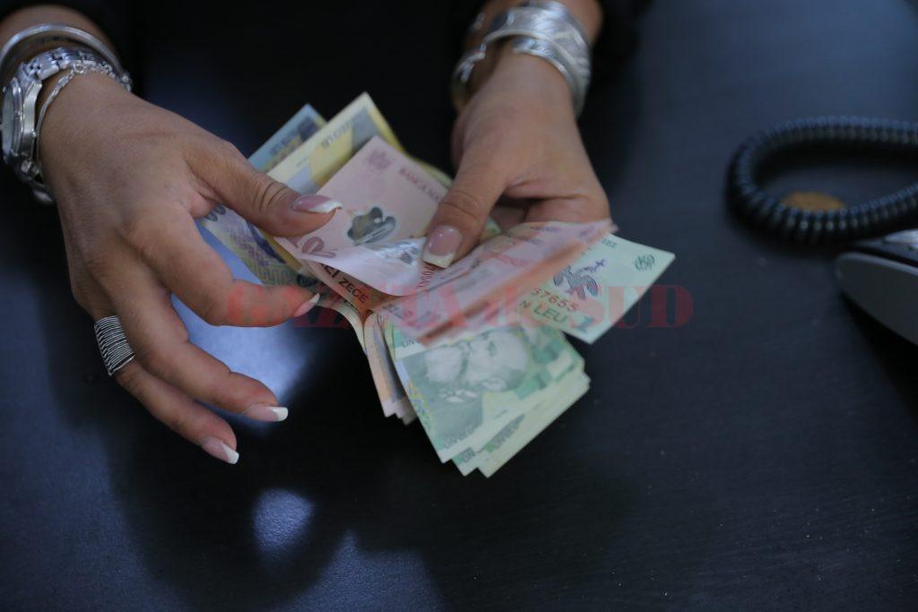 Drepturile salariale restante pot fi recuperate de la firmele în insolvență