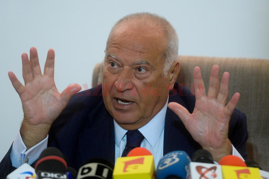 Presedintele fondator al Partidului Conservator (PC), Dan Voiculescu, sustine o conferinta de presa, in Bucuresti, duminică, 6 iulie 2014. MARIUS DUMBRAVEANU / MEDIAFAX FOTO