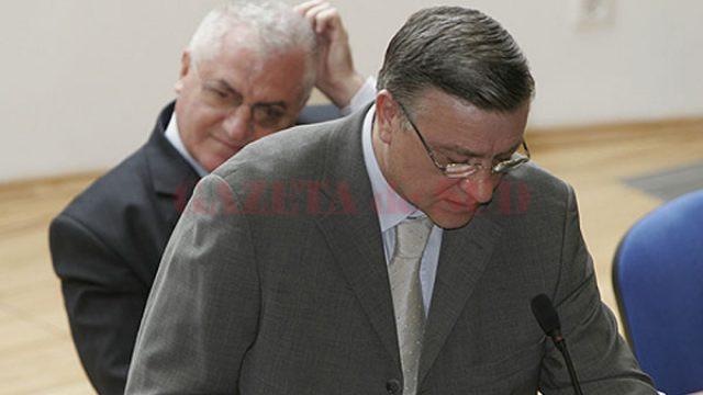 Judecătorii de la Curtea de Apel București au hotărât, joi, să-i achite pe Mircea Sandu și Dumitru Dragomir pentru toate acuzațiile aduse de procurorii DNA