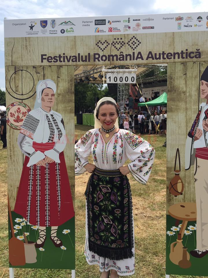 Organizatorii vor 10.000 de români în ie, la Hobiţa