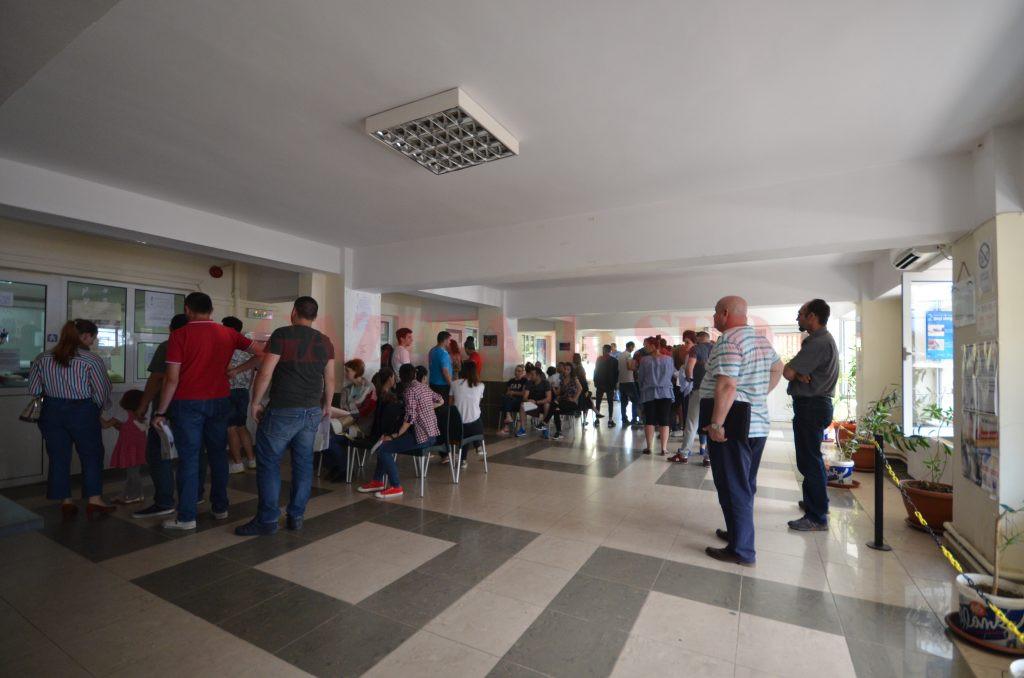 La paşapoarte, marţea este program prelungit până la 18.30 (Foto: Bogdan Grosu)
