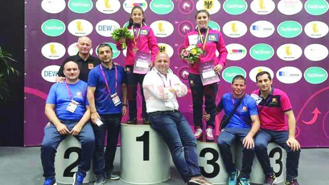 Ştefania Priceputu a devenit campioană, iar Alexandra Anghel a cucerit medalie de bronz