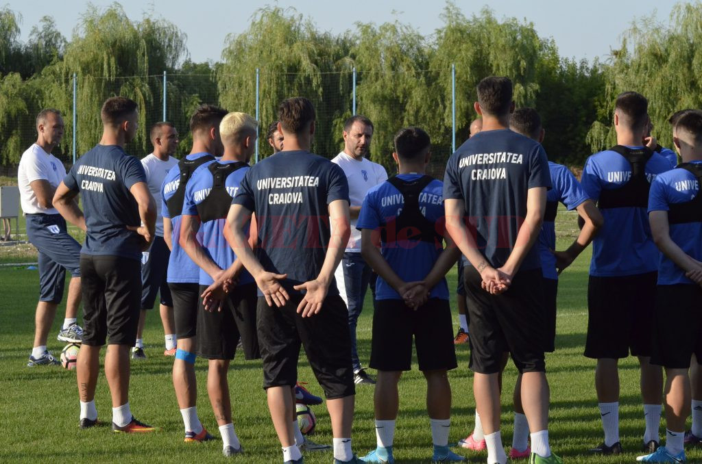 Devis Mangia le-a promis suporterilor un joc  ofensiv şi eficient şi are mari aşteptări de la elevii săi pentru primul meci (Foto: Alexandru Vîrtosu)