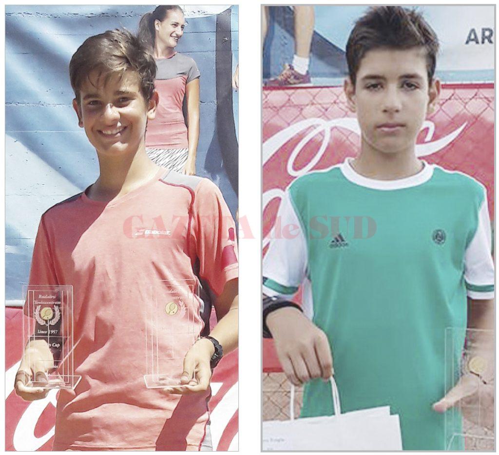 Alexandru Coman (stânga) s-a impus la simplu şi la dublu, iar colegul său de la CSM Craiova, Robert Gună (dreapta) a ocupat locul 3 la simplu
