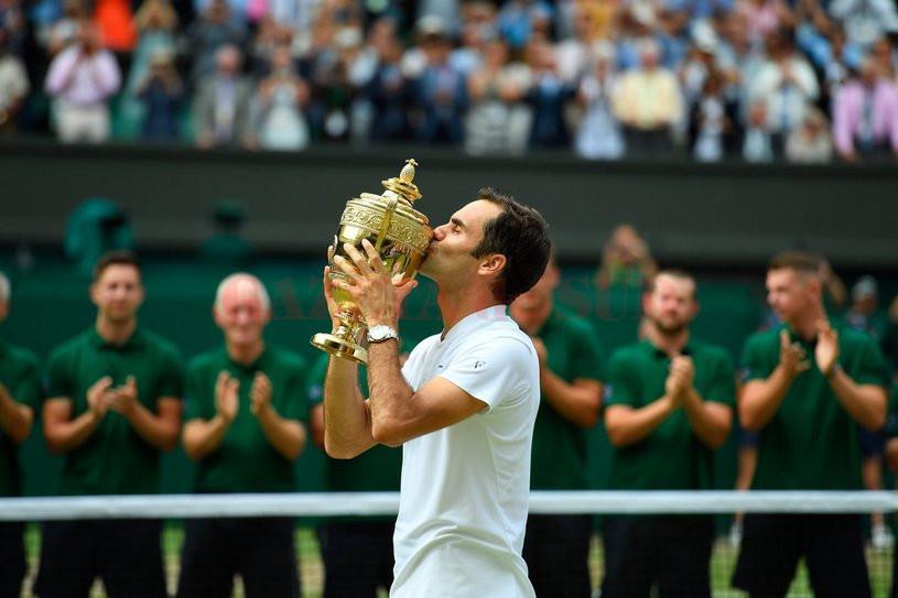 Roger Federer este singurului jucător cu opt trofee cucerite la Wimbledon