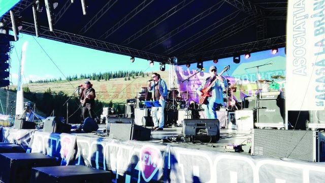 Munţii au răsunat de concertele oferite de trupele rock
