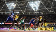 La ultima sa cursă, jamaicanul Usain Bolt (dreapta) a pierdut titlul mondial, clasându-se doar pe locul trei (foto: IAAF)