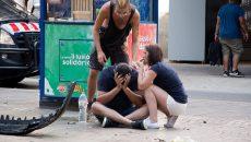 137674055_EFE_A-van-crashes-into-pedestrians-in-Barcelona_trans_NvBQzQNjv4BqUTB3vMrBgFH3wkEYGI_sPG0K89-YZ4oPvt9ZZMdPo_o