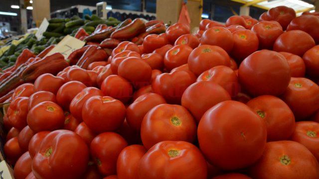 Programul de susţinere a tomatelor cultivate în spaţii protejate se desfăşoară pe o perioadă de opt ani