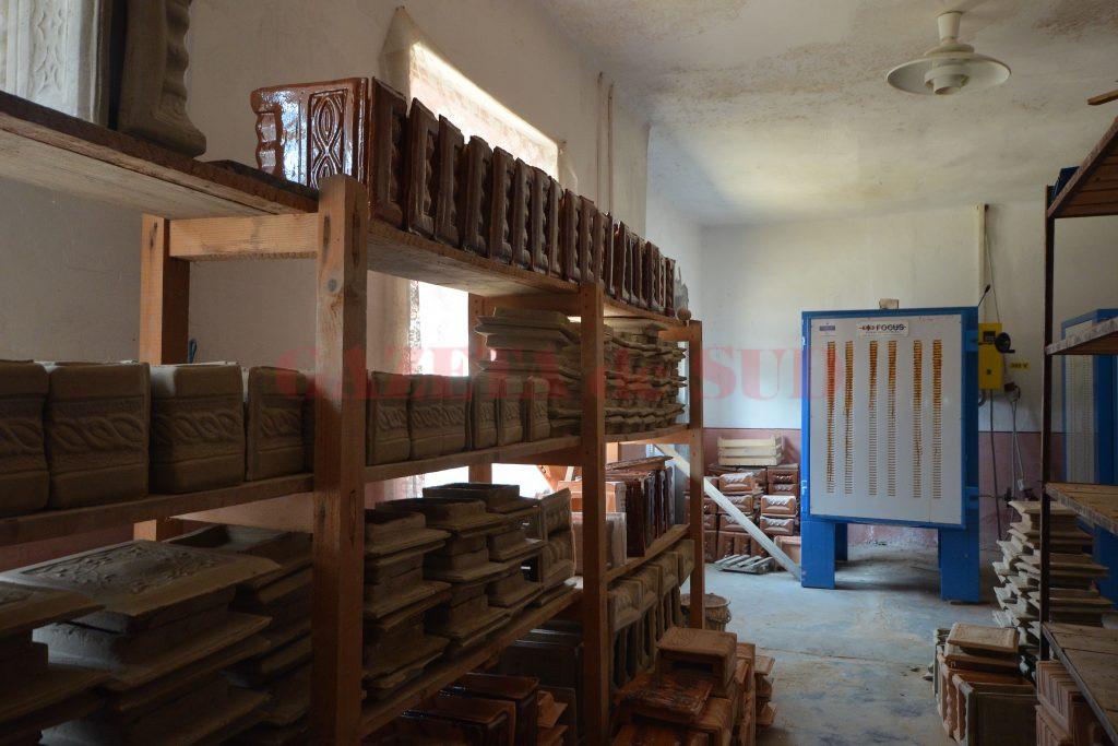 Atelierul de ceramică din Şişeşti a fost înfiinţat cu fonduri europene (Foto: Bogdan Grosu)