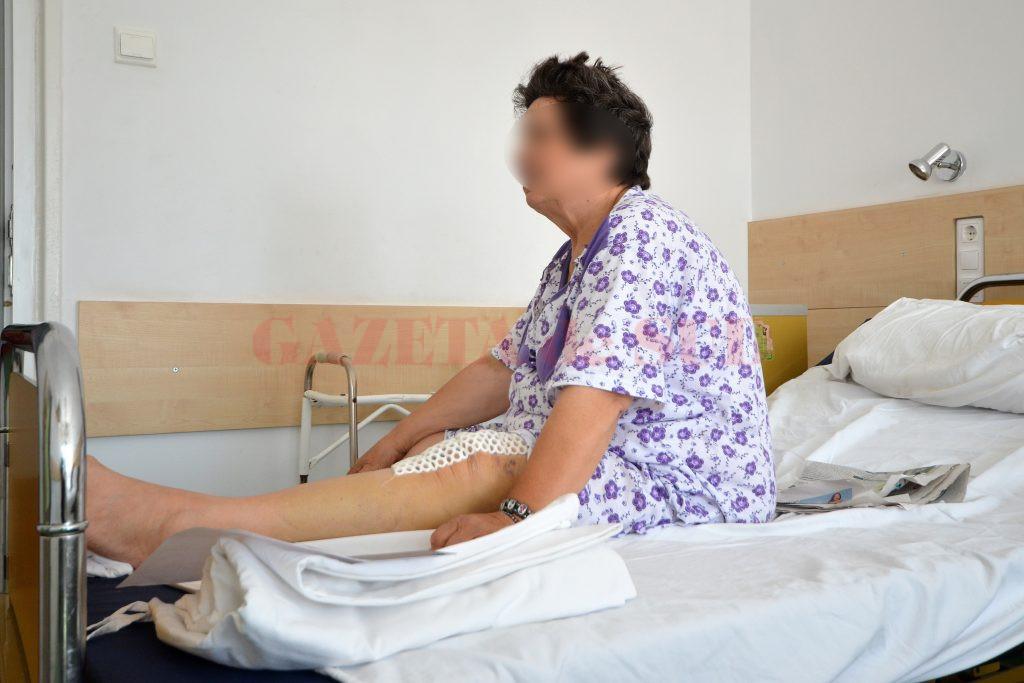 Unii pacienți sunt nevoiți să aștepte zile bune până să fie operați din cauza faptului că nu există cantitatea necesară de sânge pentru realizarea intervențiilor chirurgicale (Foto: Bogdan Grosu)