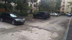 Parcări din cartierul 1 Mai asfaltate pe jumătate și abandonate de constructori (Foto: Marian Apipie)