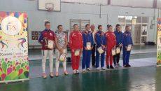 Cele mai bune opt sportive de la Cupa României, alături de marele antrenor Dan Podeanu. Craioveanca Andreea Cătălina (a doua din stânga) a ocupat locul doi