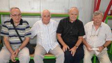 Alexandru Mironov (dreapta), alături de prietenii săi de-o viaţă