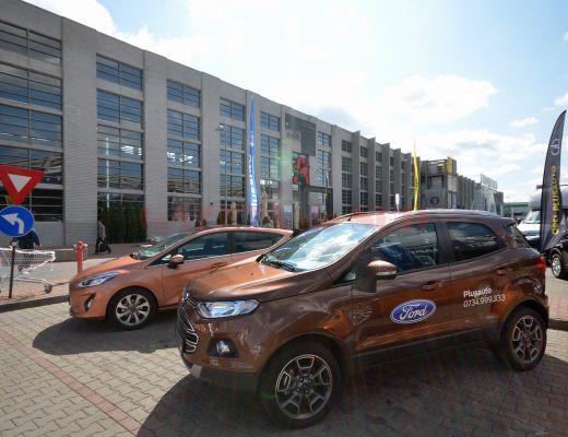 Plusauto expune și Ford EcoSport, dar nu este modelul care se va fabrica la Craiova (Foto: Bogdan Grosu)