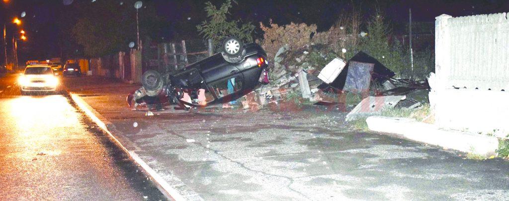Polițiștii doljeni spun că șoferul de 19 ani a fost rănit grav în urma accidentului rutier