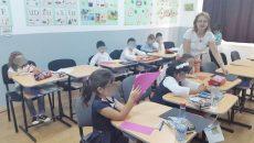 """La Liceul """"Matei Basarab"""" din Craiova, Programul """"Școală după Școală"""" intră în obligația de normă a învățătorilor, iar restul cursurilor sunt asigurate voluntar de profesorii liceului"""
