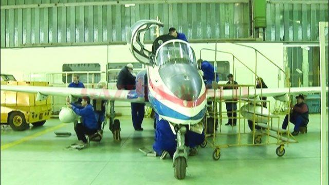 Angajații de la Avioane Craiova au de lucru în ultima perioadă, la uzină fiind reparate  fie avioane private, fie aparate de zbor militare, aparținând altor state