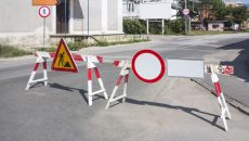 33036753 - road works sign for construction works in street