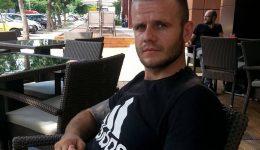 Procurorii doljeni au stabilit că Felix Cristian Bîscă a murit după ce a fost înjunghiat  cu un cuțit tip baionetă (Foto: Facebook)