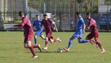 """""""Școlarii"""" (în albastru) nu au reușit să câștige cu CFR Cluj (Foto: Alexandru Vîrtosu)"""