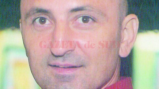 Lucian Dinulescu a fost ucis de un coleg de serviciu care a susținut că ar fi pierdut aproximativ 3.000 de euro din cauza lui