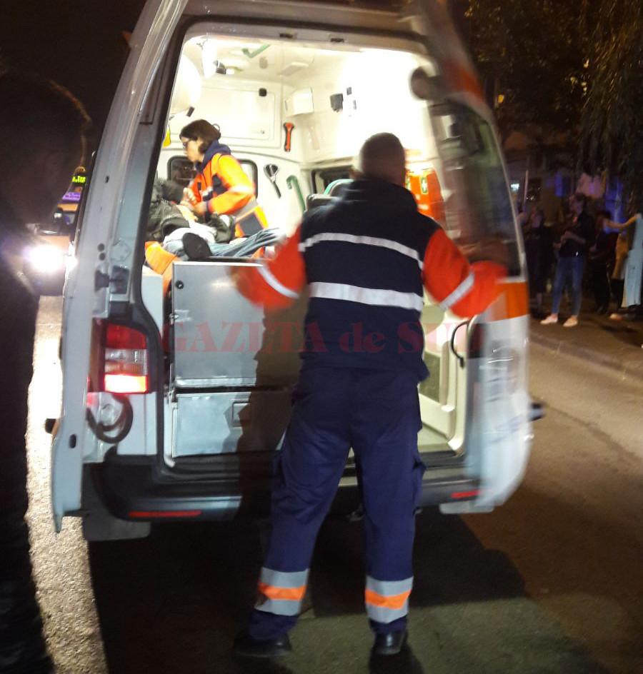 Medicii ajunși la fața locului nu au putut face nimic pentru cei doi copii, care au murit pe loc în urma accidentului produs de șoferul băut