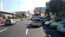 Agenții Poliției Locale verifică mașinile care parchează în centrul municipiului, pe locurile cu plată prin SMS
