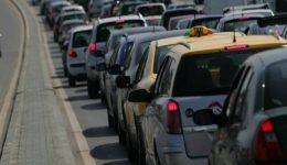 trafic-intens-pe-dn-1-valea-prahovei-masinile-circula-cu-viteza-redusa-in-coloana-40594