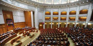 Parlamentul a eliminat pensiile speciale pentru mai multe categorii
