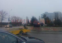 Accident la giratoriul de langa Ford (Foto cititor GdS)