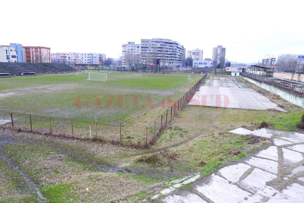 Valoarea terenului de la stadionul Tineretului depăşeşte 10 milioane de euro