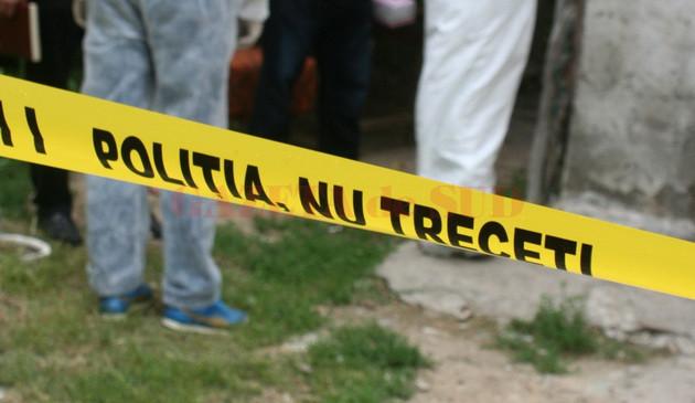 Un bărbat de 53 de ani din Târgu Jiu a fost găsit spânzurat, sâmbătă, în apartamentul său din municipiu