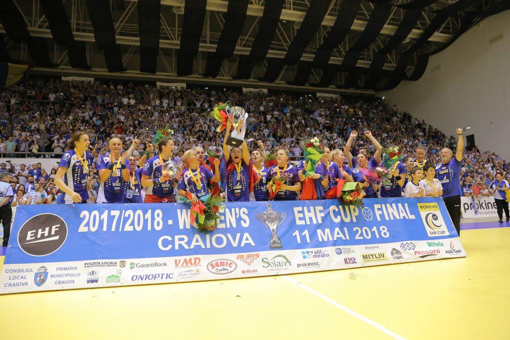 Handbalistele craiovene au cucerit, în premieră, Cupa EHF (foto: Claudiu Tudor)