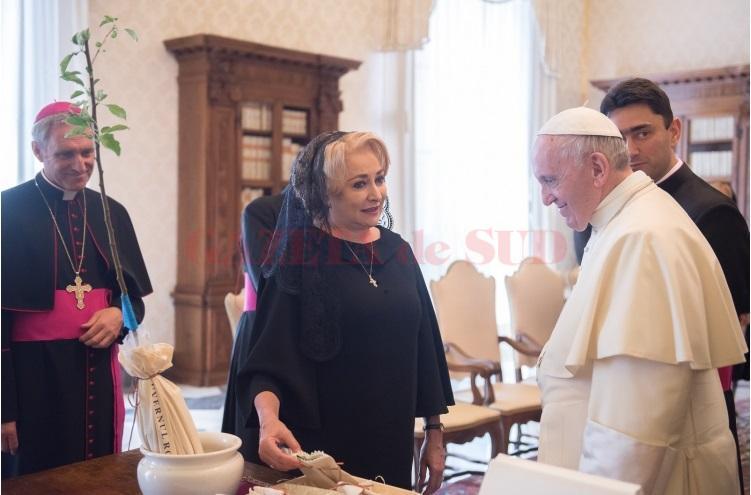Imagini pentru papa